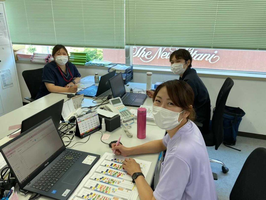 【札幌市中央区】ライフスタイルに合わせて働く!訪問看護ステーション看護師募集!!●未経験可●日勤のみで高待遇●